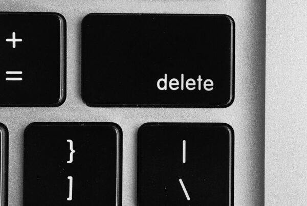 delete button on keyboard